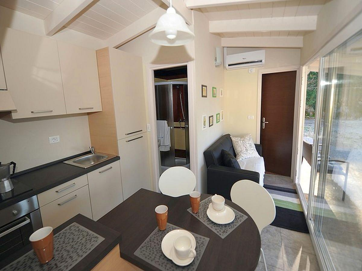 Mobile home for 4 people (cca 25m2)