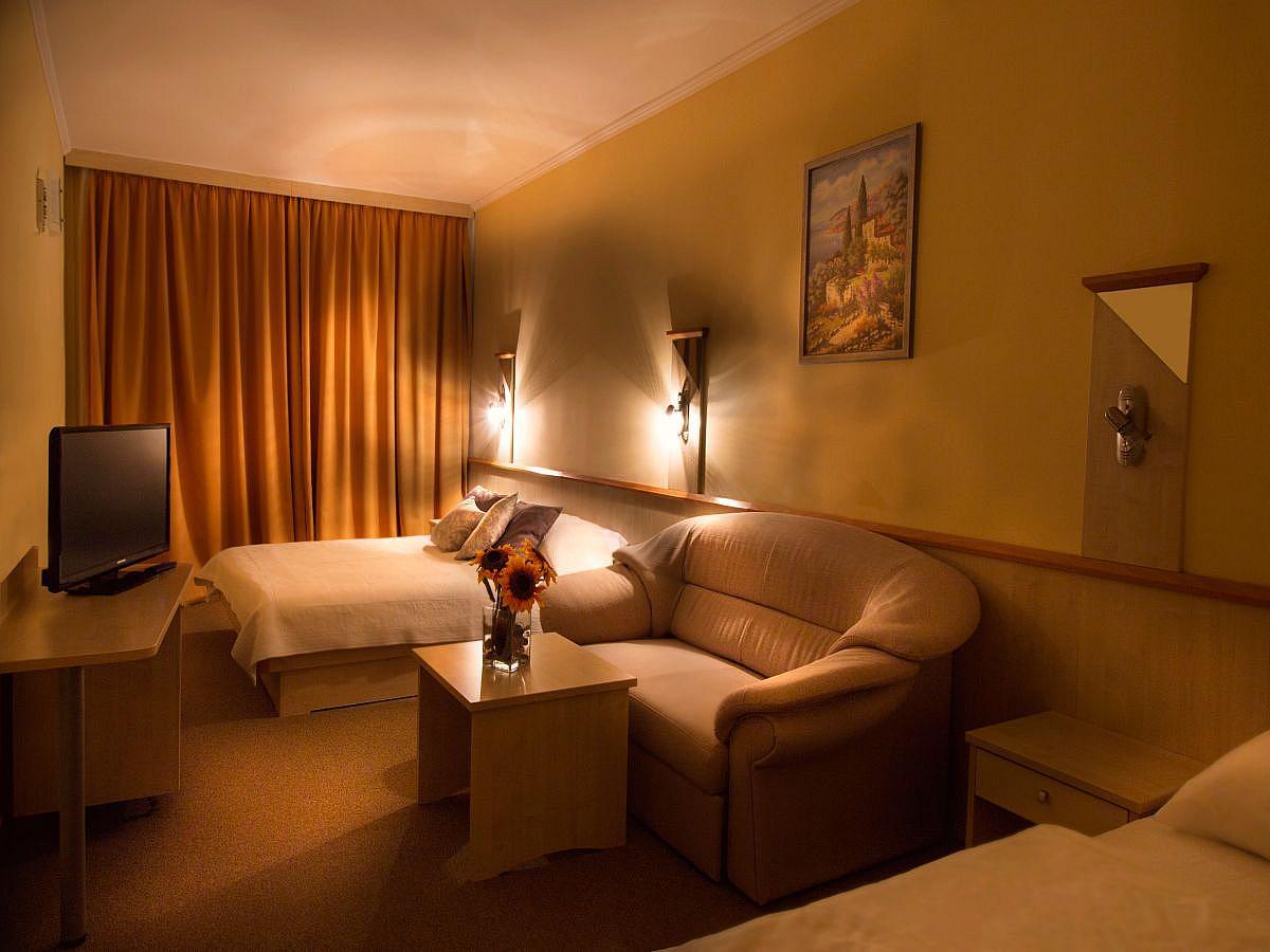 Dreibettzimmer mit Zusatzbett und Halbpension