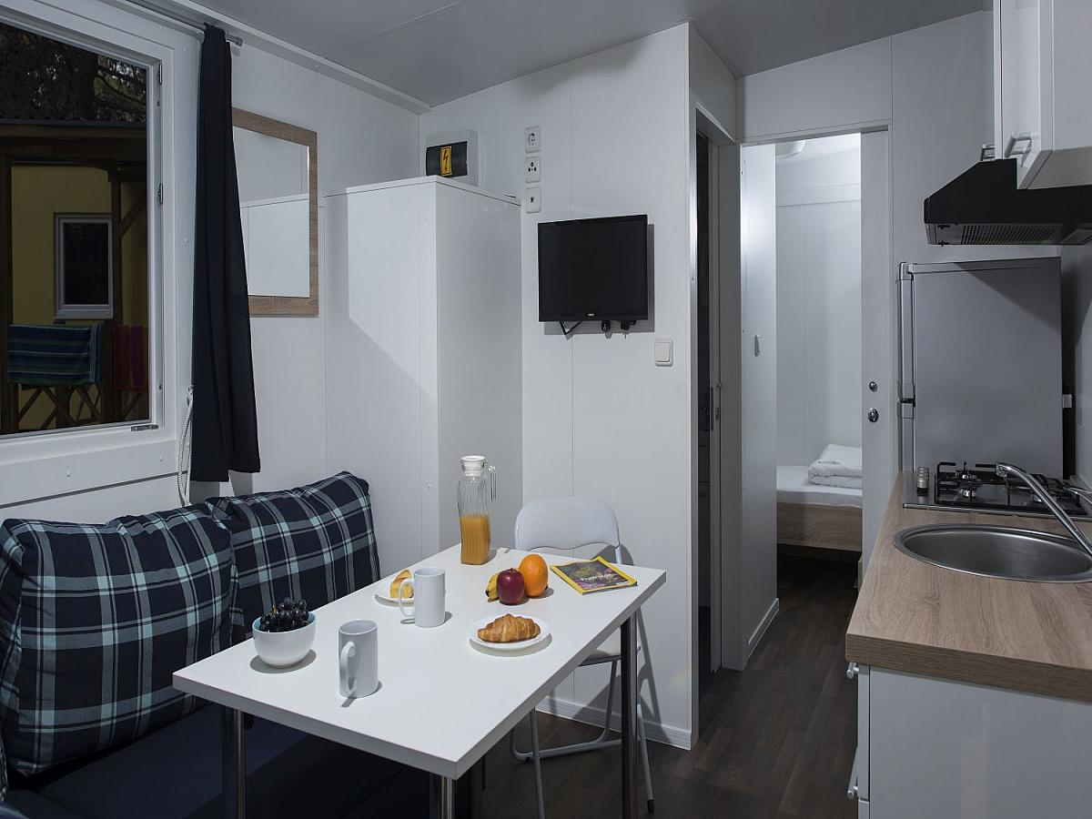 Mobile home for 4+2 people  (24M2)