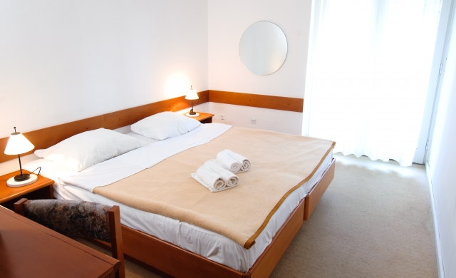 Double room sea side with balcony and half board - Classic