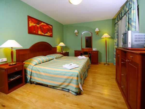 Apartament deluxe dla 2 osób z 2 dostawkami
