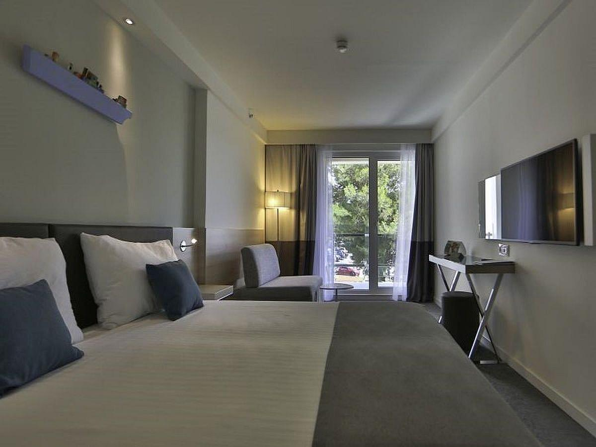 Double room park side with balcony - Superior