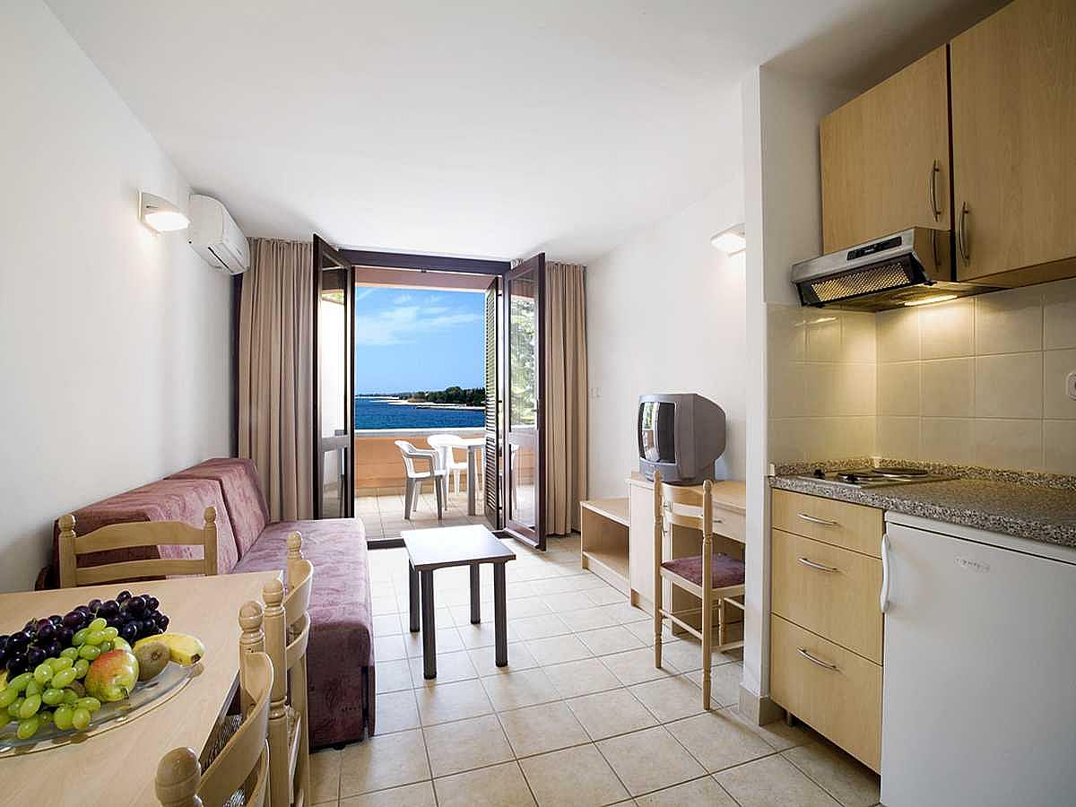 Apartment for 4 people sea side with balcony