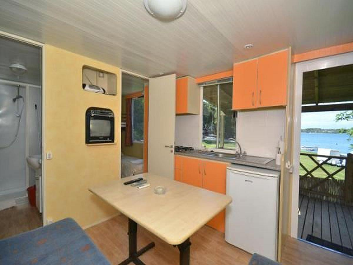 Mobile home for 4-5 people, sea side