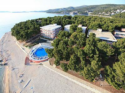 Hotel  ADRIATIQ HOTEL ZORA -  Primošten (Primošten)