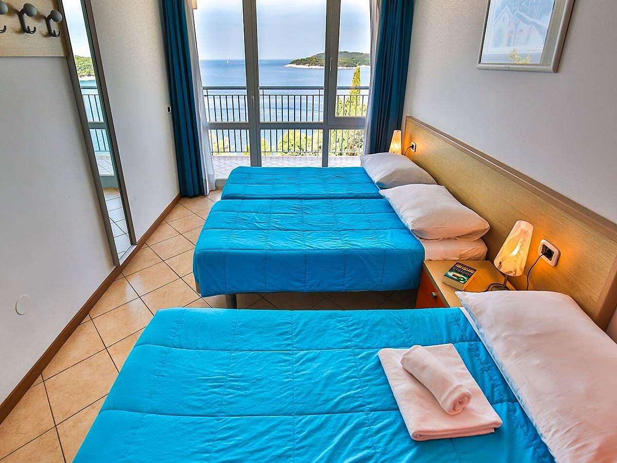 Apartment for 3-5 people sea side