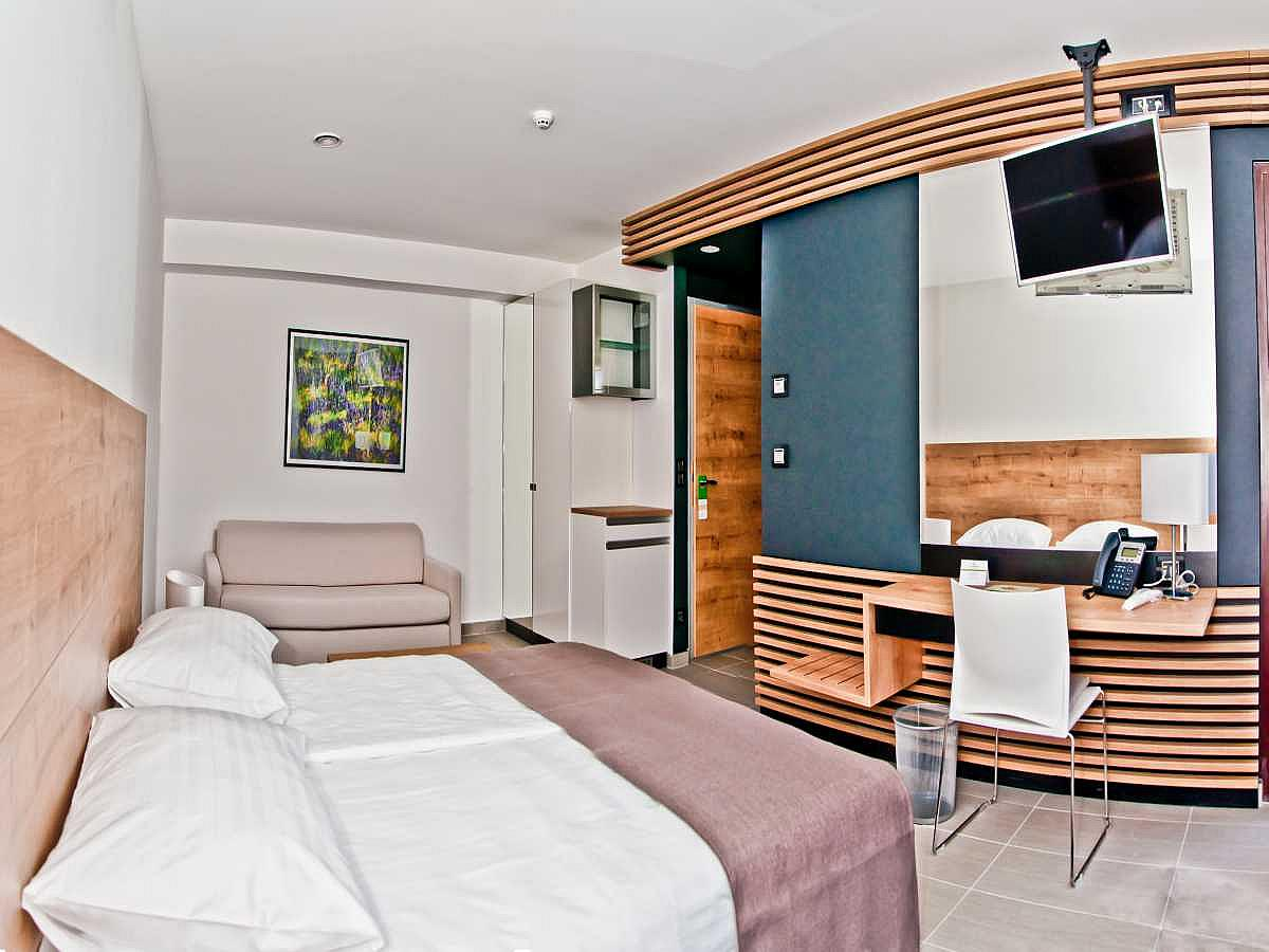 Double room suite with 2 help beds and half board
