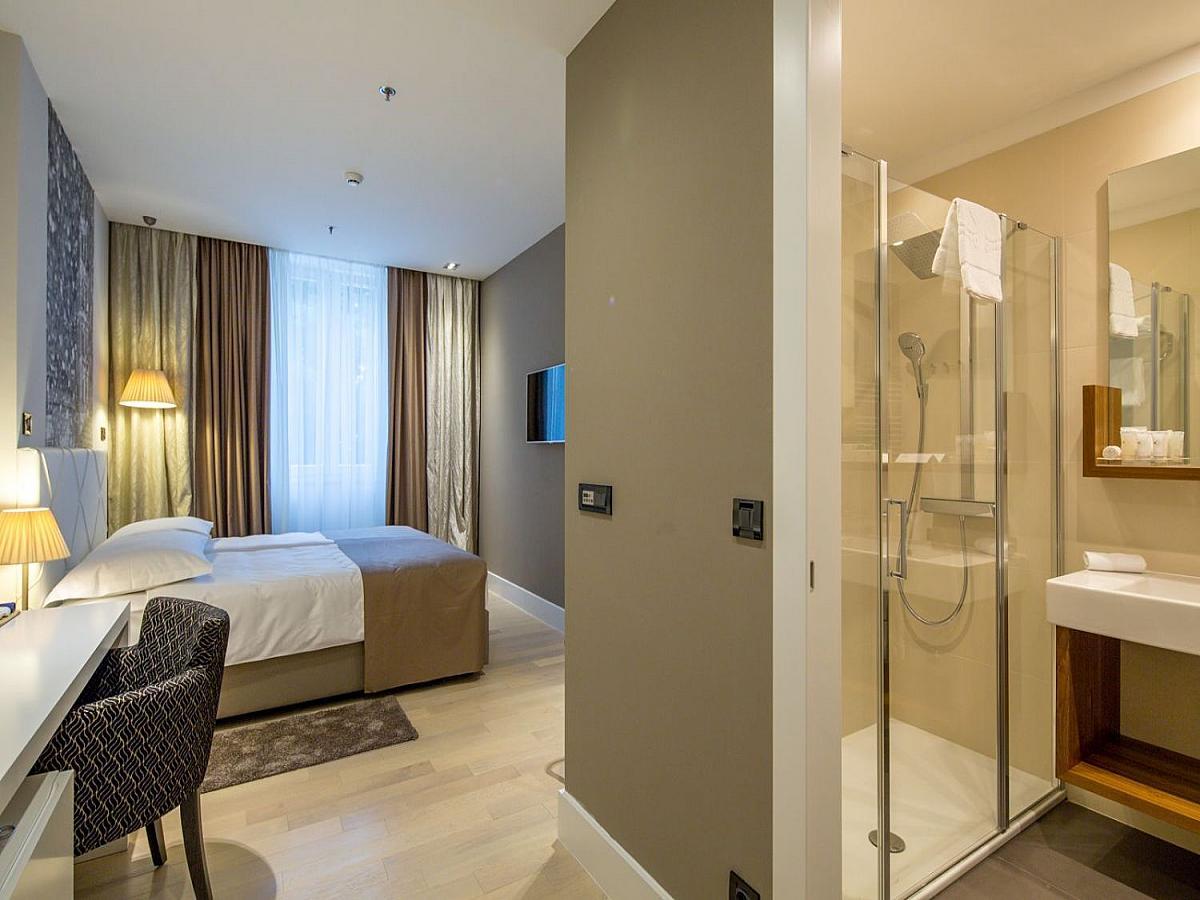 Double room comfort bed and breakfast