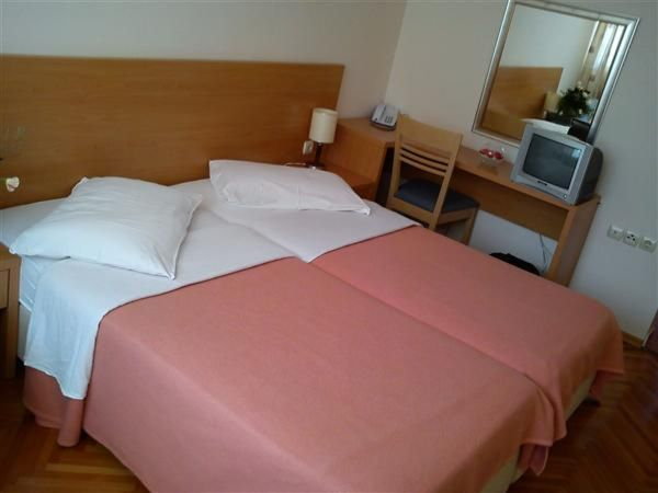 Double room sea side with balcony, light all inclusive
