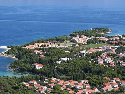 Tourist settlement  VLAČICA I VRILO -  Supetar (Brač)