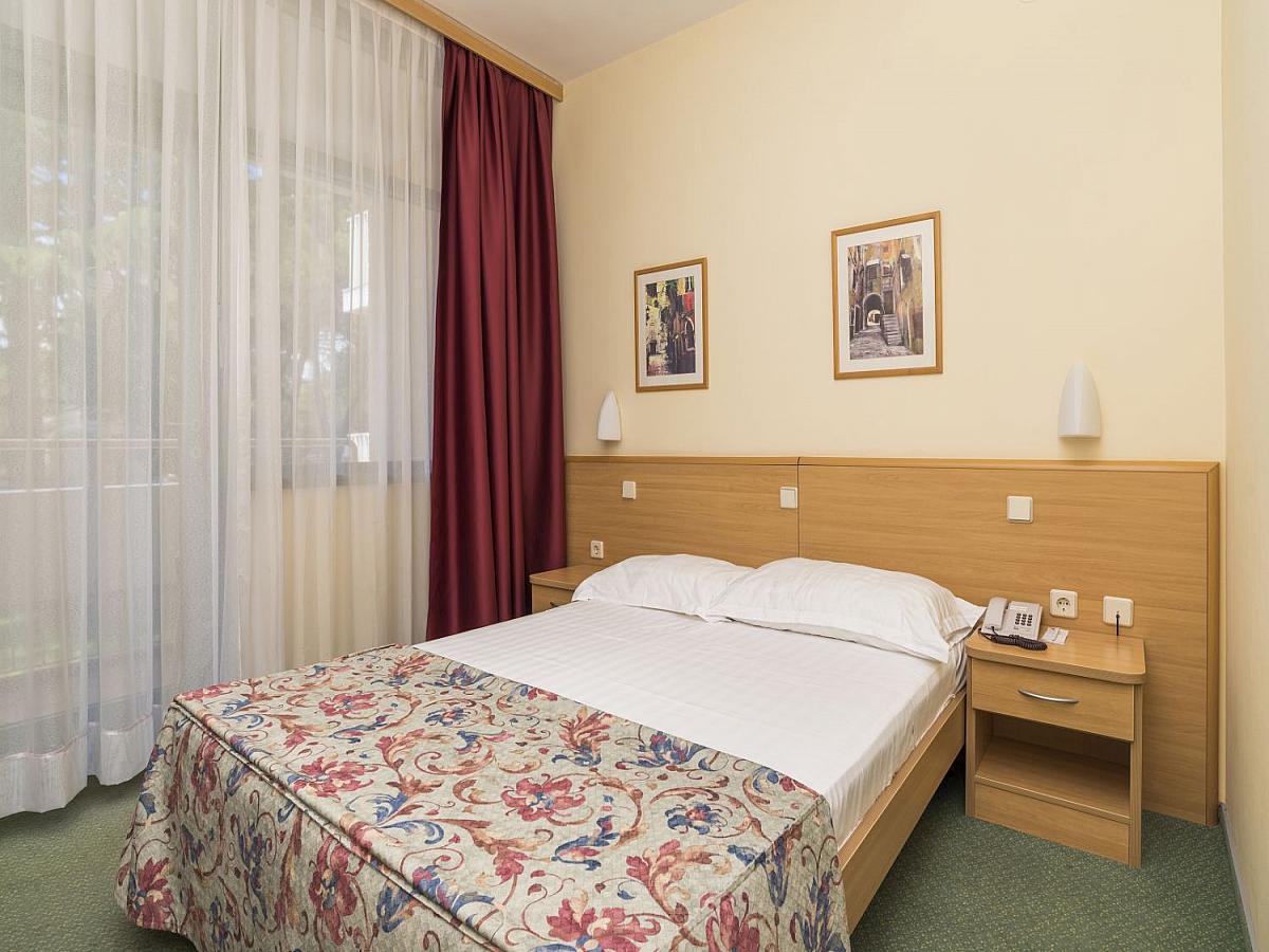 Einzelzimmer mit Balkon all inclusive