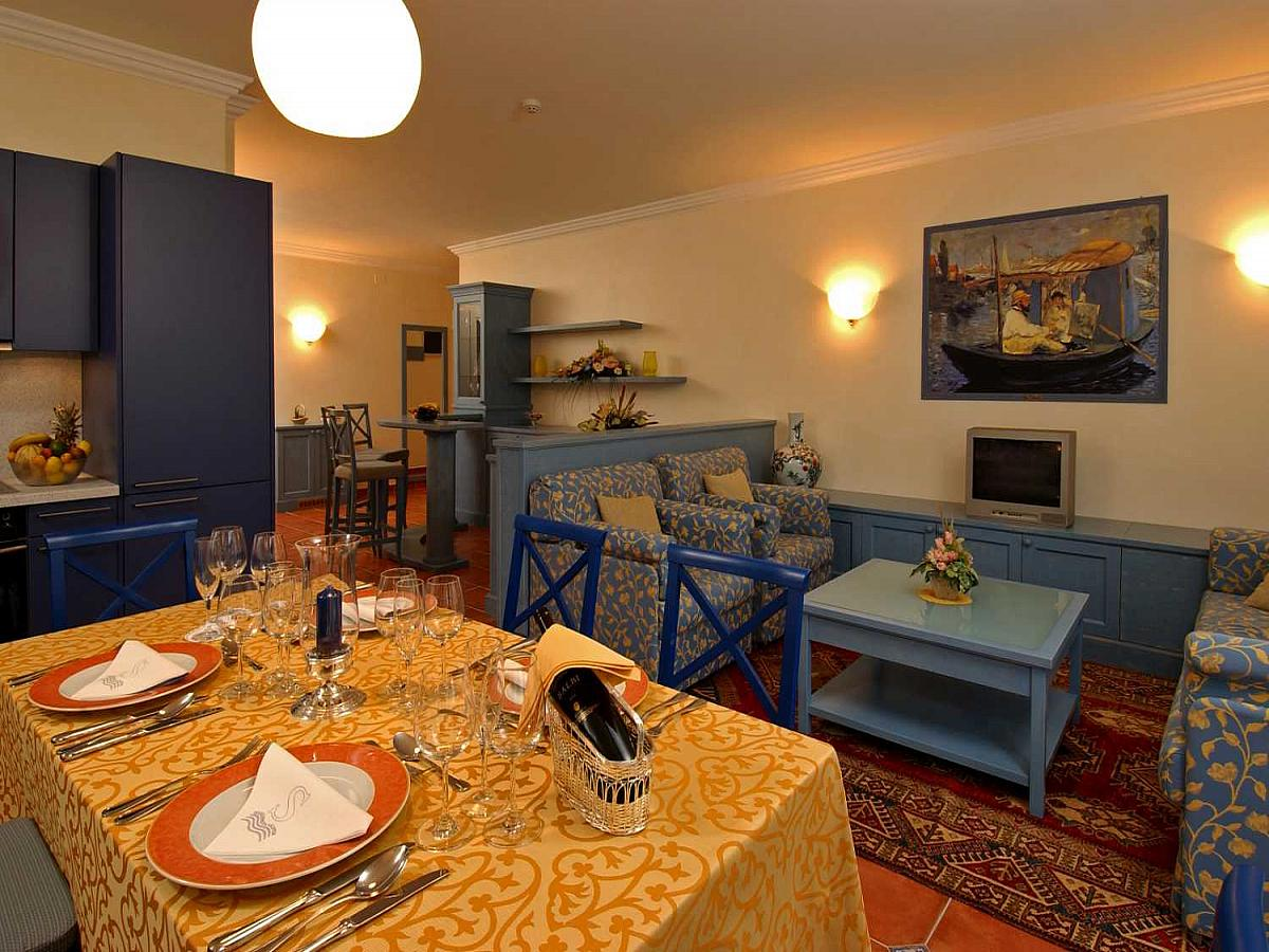Apartment for 2 person with sofa for 2 people*****